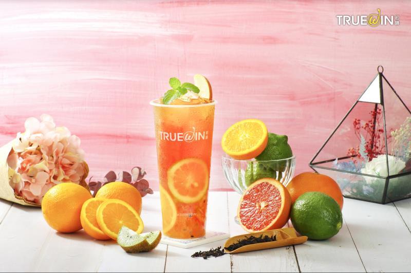 手搖飲品牌初韻 推六韻水果茶 讓民眾享受清新自然健康的水果飲