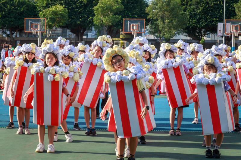 永和國中校慶變裝秀,創造學生展演舞台。