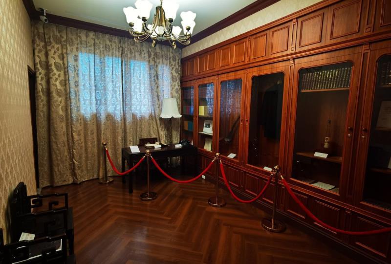 孔二小姐生前使用過的物品及圓山大飯店的重要文物,於故居現場一一展示。