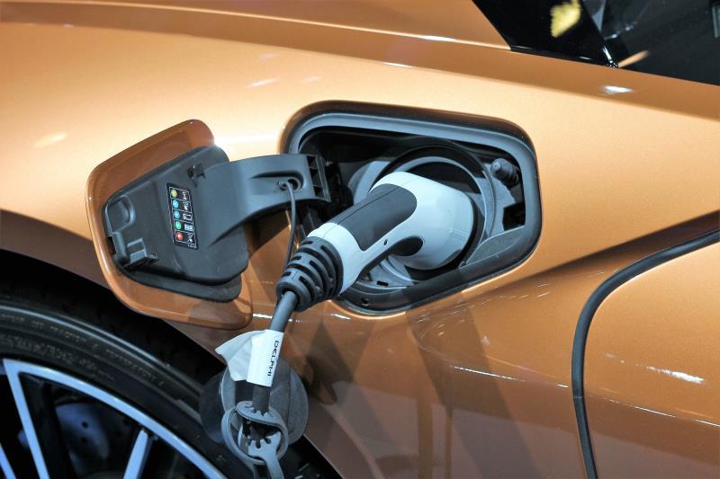 北基採取「雙龍搶珠」策略,搶佔電動車快速充電站市場,落實「充電20分鐘要讓電動車跑全台」訴求。(示意圖/Pixabay免費圖庫)
