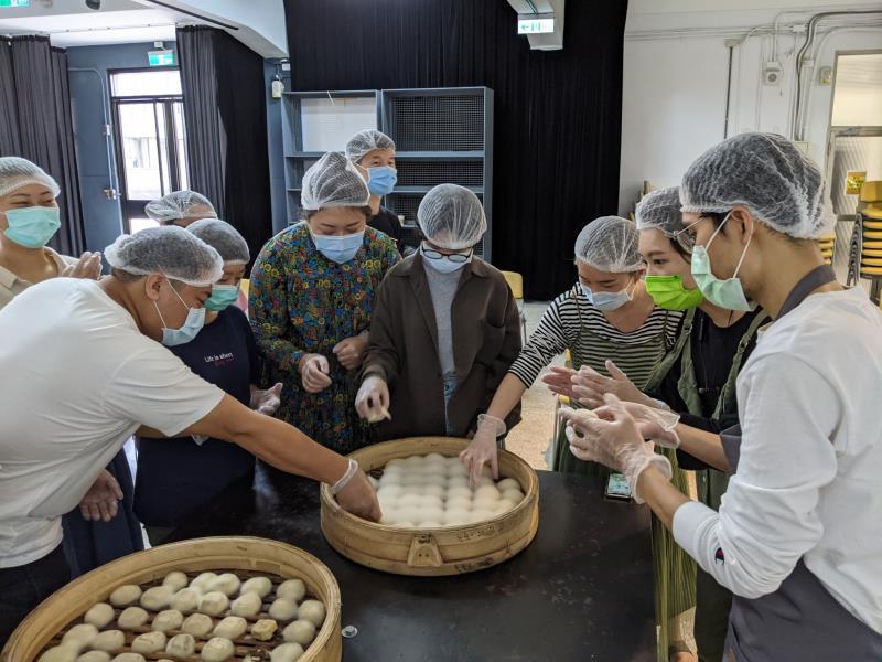藝術家江俊毅帶領推廣活動「絨毛遍體工作坊」