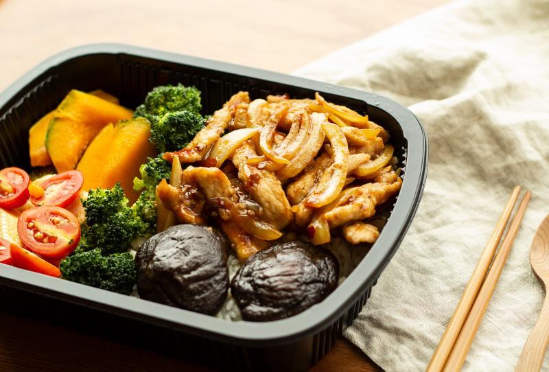 經濟餐盒醬爆極汁豬柳餐盒,每周更新菜色