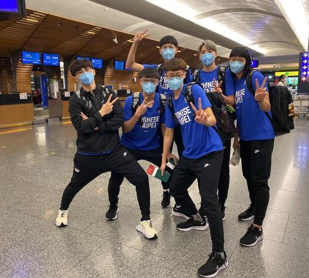 中華女籃啟程約旦征戰亞洲盃 國泰女籃隊員士氣高昂