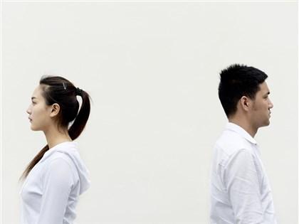 通姦罪失效 若配偶外遇仍可要求民事賠償