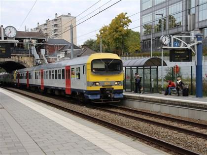 比利時免費火車票遇疫情 商家盼不到報復性旅遊