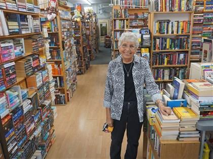 年邁但未凋零 疫情下美國二手書店逆境求生