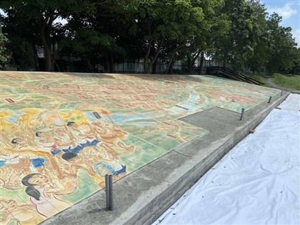 花一年拼組6510燒陶片 宜蘭清明上河圖壁畫亮相