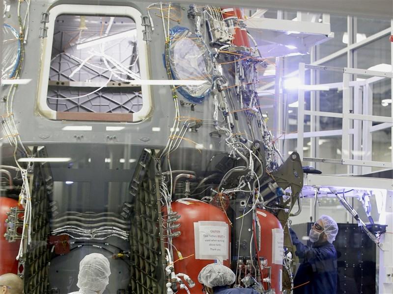 SpaceX載4旅客遨遊太空 花費動輒30億元