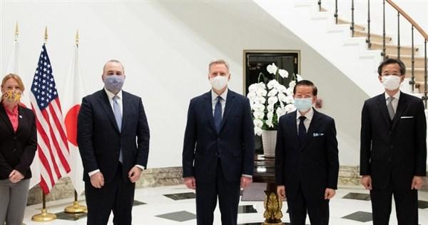 谢长廷进美国驻日大使公邸台美断交以来首度官方邀请| 政治| 重点新闻| 中央社CNA